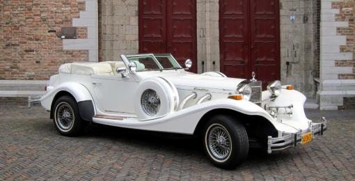 Excalibur cabriolet wit trouwauto