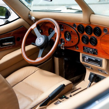 Excalibur Phaeton Cabriolet (Crème) trouwauto interieur